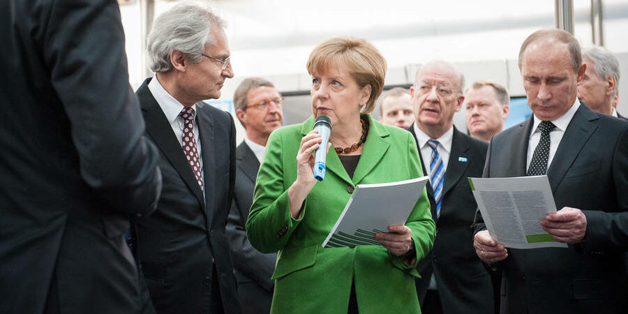 Picture of Henning Kagermann and Angela Merkel
